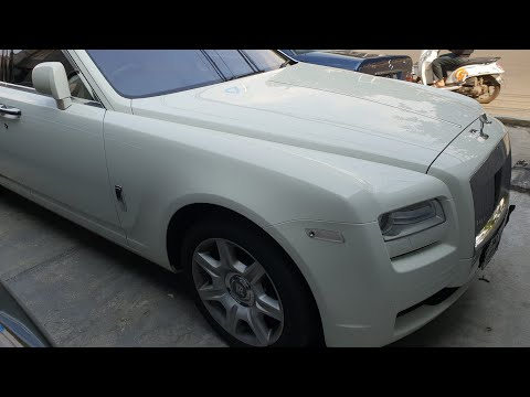 In Depth Tour Rolls Royce Ghost (2011) - Indonesia