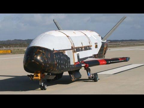 Air Force's X-37B: Secret Space Plane Returns to Earth