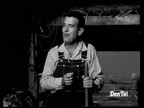 Tennessee Ernie Ford sings