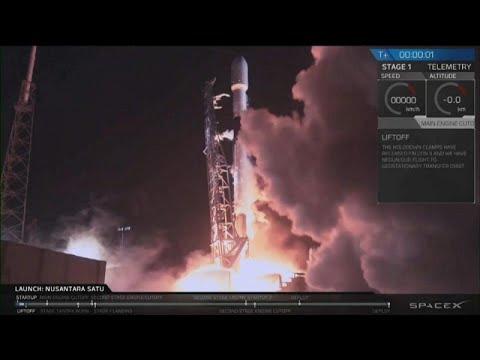 فيديو: سبيس إكس تطلق أول مهمة إسرائيلية إلى القمر من فلوريدا…  - نشر قبل 23 دقيقة