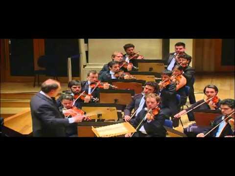 Schumman - Concerto para Piano em lá menor, Op. 54 - Mov. I - Nelson Freire & OSB