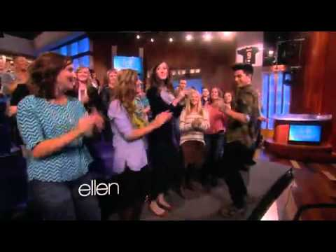 Adam lambert dances with the audience on ellen degeneres show youtube - Ellen show videos ...