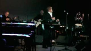 "Peter Cetera Performs ""Even a Fool Can See"""