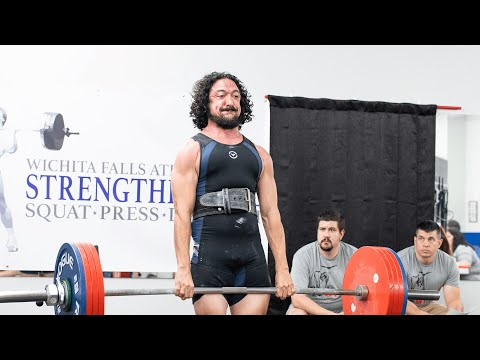 Eating to Get Big and Strong with Robert Santana | Starting Strength Radio Clips