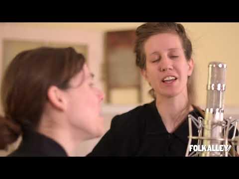 "Folk Alley Sessions: Anna & Elizabeth - ""Mother in the Graveyard"""