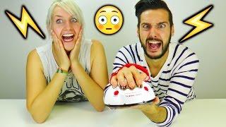KAAN & NINA LÜGENDETEKTOR Spiel mit ELEKTRO SHOCK BESTRAFUNG | Q&A bringt Wahrheit ans Licht! thumbnail