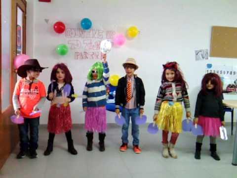 Child Chorus 16