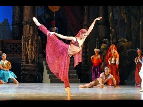 LA BAYADERE ballet  (the best parts)  L. Minkus,  Aurelie Dupont