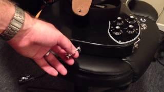 Dunlop strap lock fast, easy, correct installation.