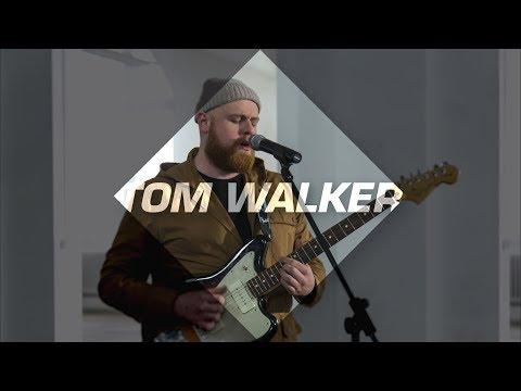 Tom Walker - 'Leave A Light On' | Fresh FOCUS Artist