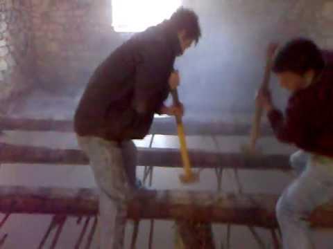 Demolizione Solaio In Legno.Demolizione Solaio A Telve Youtube