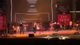 Dilliwali girlfriend & Tu Zaroori live by Sunidhi Chauhan & Rakesh Maini at Ahmedabad