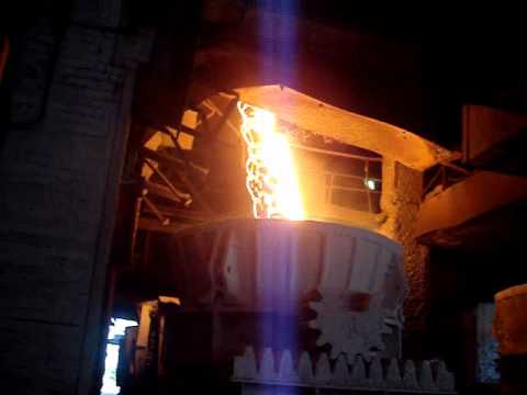 Molten Iron, from Blast Furnace.wmv