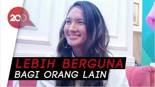 Download Video Kata Nadine Chandrawinata tentang Kartini Masa Kini MP3 3GP MP4
