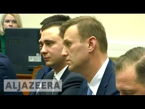 Russian opposition leader Navalny files presidential candidacy papers