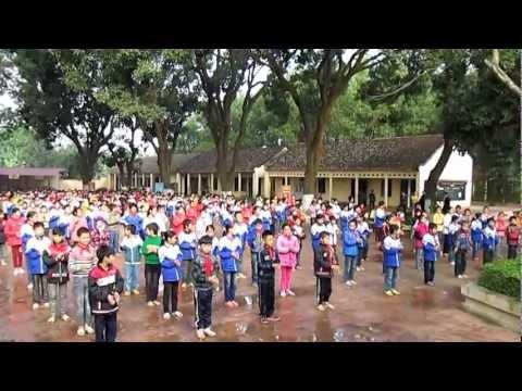 Trường Tiểu học Ngọc Sơn - Thể dục giữa giờ