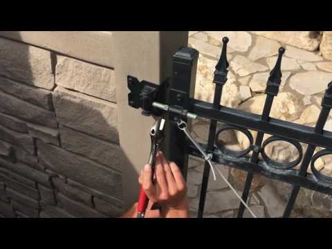 How to Adjust an Iron Gate