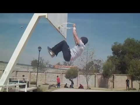 Bar-Kings Street Workout Calisthenics