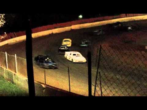 Lake cumberland speedway 10 22 11 fwd feature part 3
