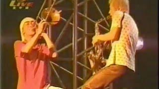 LÄ-PPISCH - VIRUS PANIC (90's terrorist) 作詞:MAGUMI 作曲 : 杉本恭一.