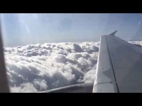 Jetstar Airways Flight Hamilton Island Queensland to Sydney Australia Take Off and Landing