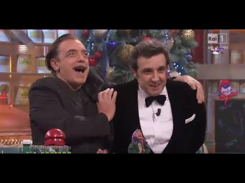 Flavio Insinna e Nino Frassica. Gag ad Affari Tuoi Speciale Lotteria