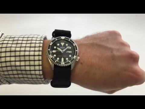 Seiko SKX007 Automatic Dive Watch Review An Affordable and Upgradeable Wristwatch