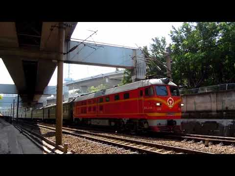 DF4, China Railway中国铁路(Shenzhen to Chongqing Train)