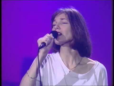 JANE BIRKIN : Live au Casino de Paris - SOUS LE SOLEIL EXACTEMENT, MANON etc...TE, ET QUAND BIEN