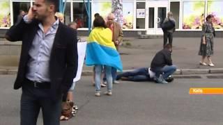 """Родственники бойцов батальонов """"Азов"""" и """"Айдар"""" требуют танков у Порошенко"""