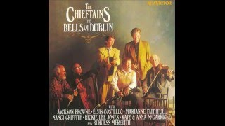 Watch Chieftains The Wexford Carol video