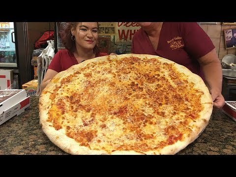 This Might Be The Largest Pizza In New Jersey.