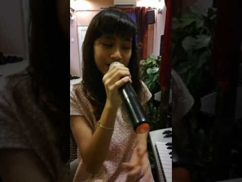 Despacito - Cover by Erissa Puteri