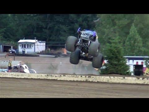 Monster Slam 17 Intro's & Racing @ Grays Harbor Raceway 2017
