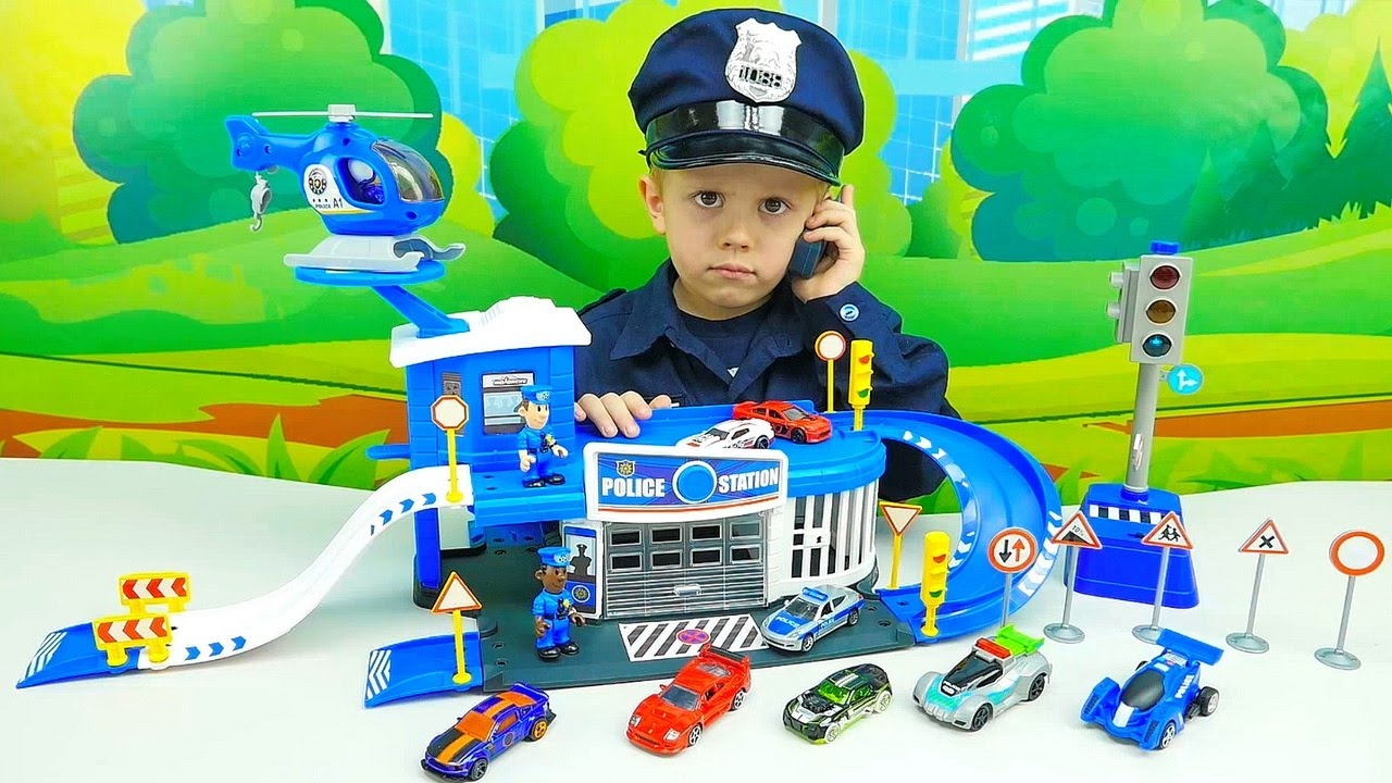 Полицейские Машинки с участком - Полицейский Даник и преследование гоночных машинок HOT WHEELS