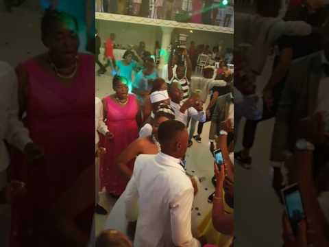 Dynastie le tigre au mariage du 22 Mars au byblos de Douala