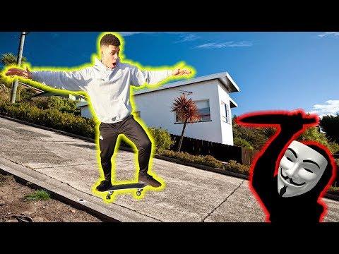 GEZWUNGEN MIT SKATEBOARD STEILE BRÜCKE RUNTER ZU FAHREN (GAME MASTER) !!! | PrankBrosTV