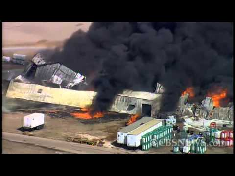 Waxahachie chemical plant fire rages: RAW VIDEO