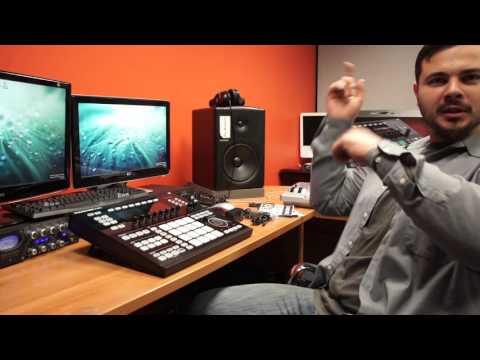 Native Instruments Maschine Studio (Unboxing)