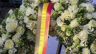 Бельгийцы вспоминают жертв терактов в Брюсселе