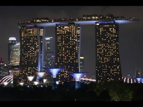 4K Night Photo Summary: Marina Barrage, Singapore.