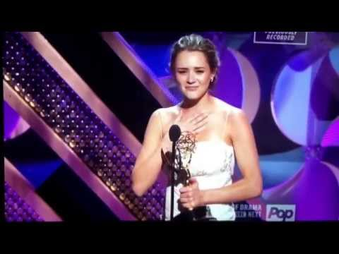 Hunter King wins Outstanding Younger Actress  Daytime Emmys 2015