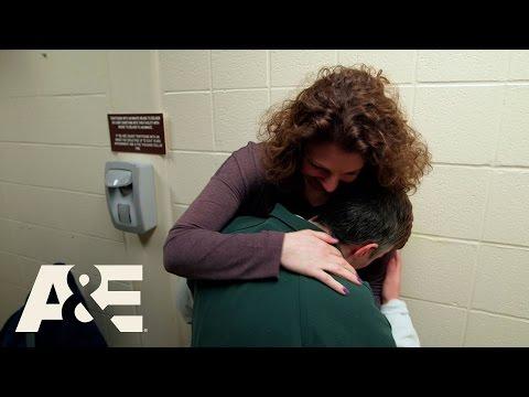 60 Days In: Joelle Secretly Visits Tami (Season 1, Episode 7) | A&E