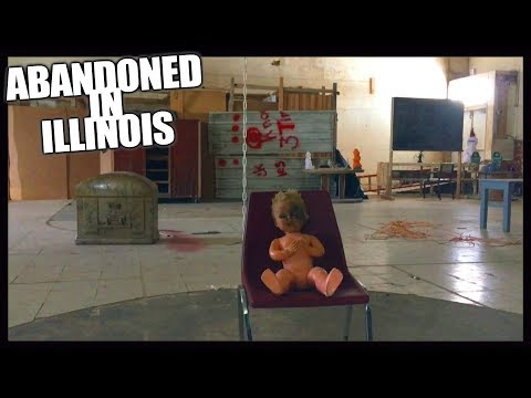 Abandoned In Illinois - Exploring Old School Gym Used As Haunted Attraction
