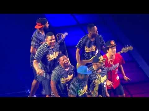 """Bruno Mars """"Treasure""""  - New Orleans, LA 10/21/17"""