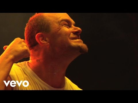 Five Finger Death Punch - Under And Over It (Live)