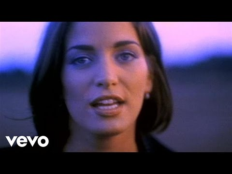 Chantal Kreviazuk - God Made Me (Video)