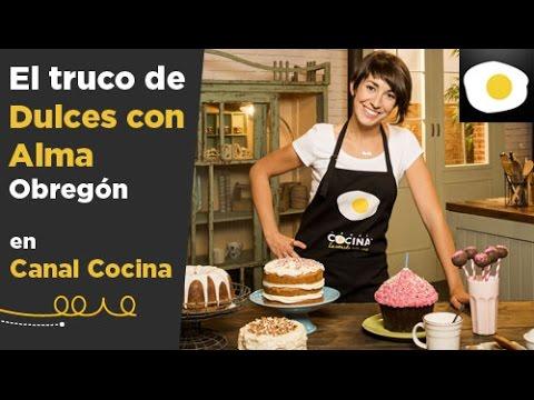 C mo sustituir la mantequilla por aceite para la base de un bizcocho el truco de alma - Canal cocina alma obregon ...