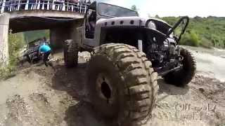 Recovery Jeep with Portal Axles