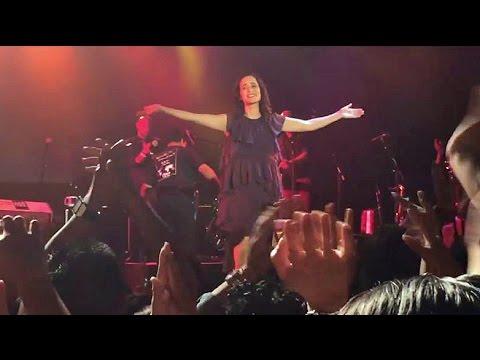 Julieta Venegas en concierto en Nueva York (Algo Sucede Tour, 2016)